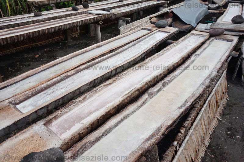 Salzproduktion an der Balinesischen Ostküste
