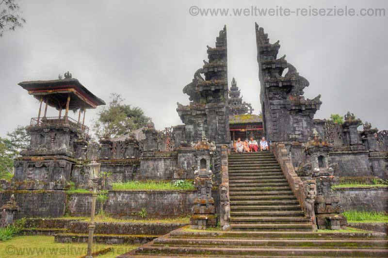Muttertempel Pura Besakih im Zentrum von Bali