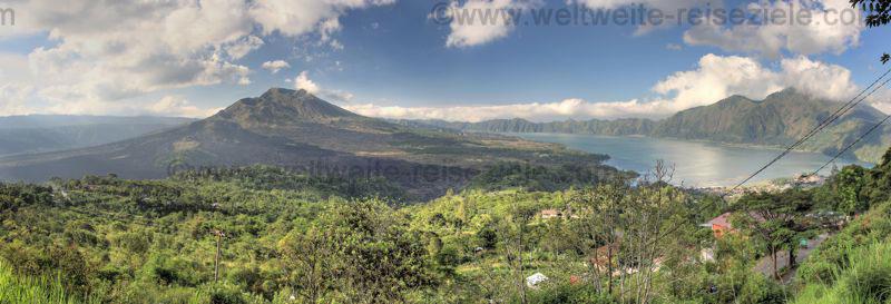 Panorama Vulkan Bator mit Batursee im nördlichen Zentrum von Bali