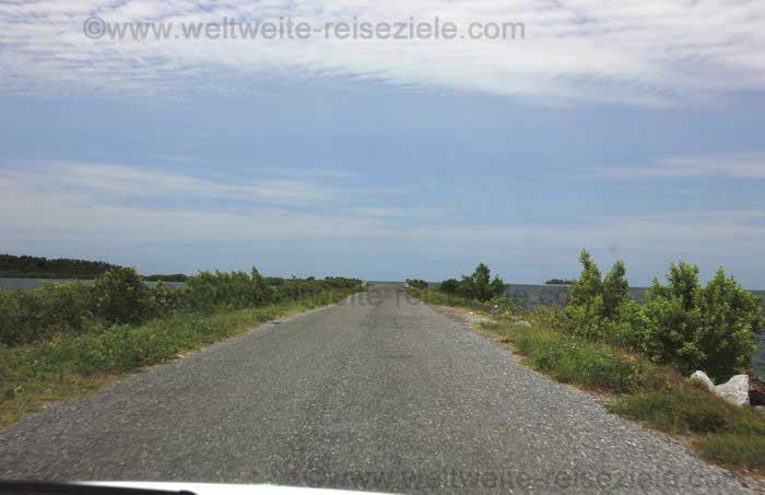 Dammstrasse nach Cayo Jutias
