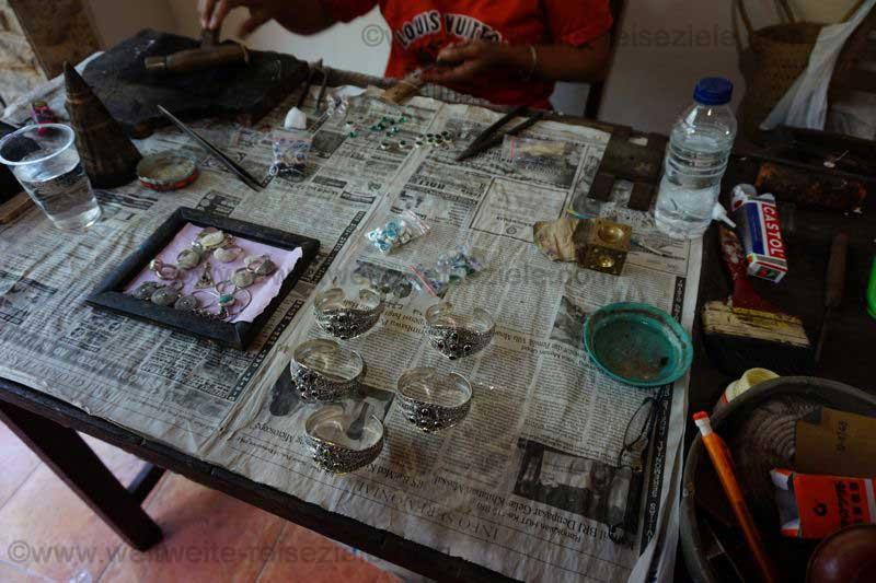 Silberschmiede und Silberschmuck auf Bali