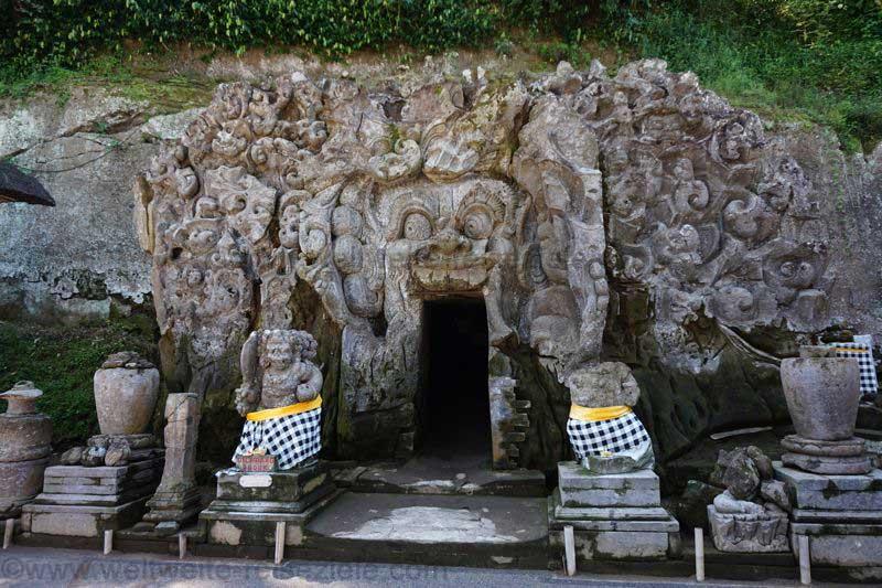 Eingang Elefantenhöhle Goa Gajah