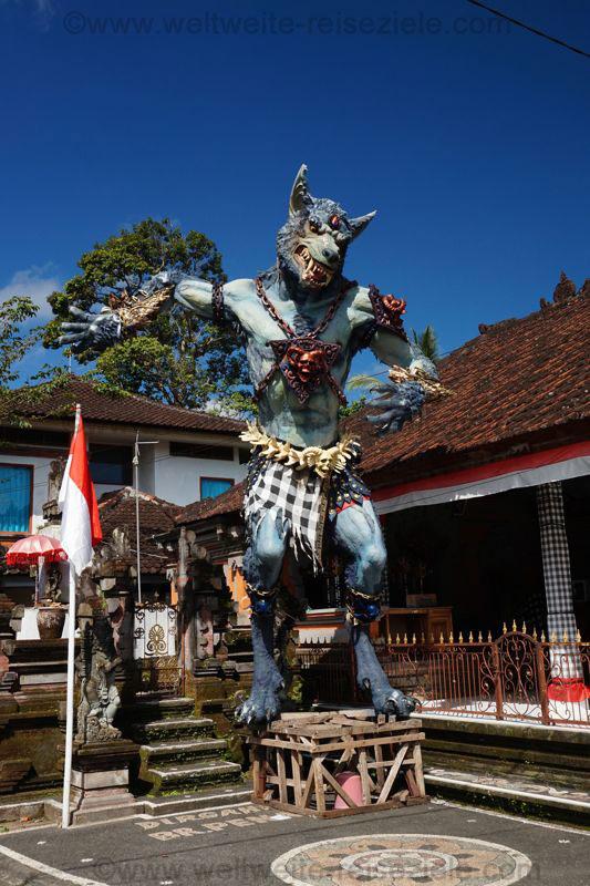 Dämonen Wächter am Eingang zu den Königsgräbern von Gunung Kawi