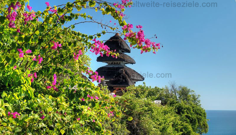 Tempel Uluwatu auf der Halbinsel Bukit Badung