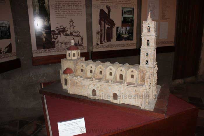 Modell der Kirche von San Francisco de Asis
