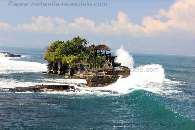 Tempel von Tanah Lot im Westen von Bali