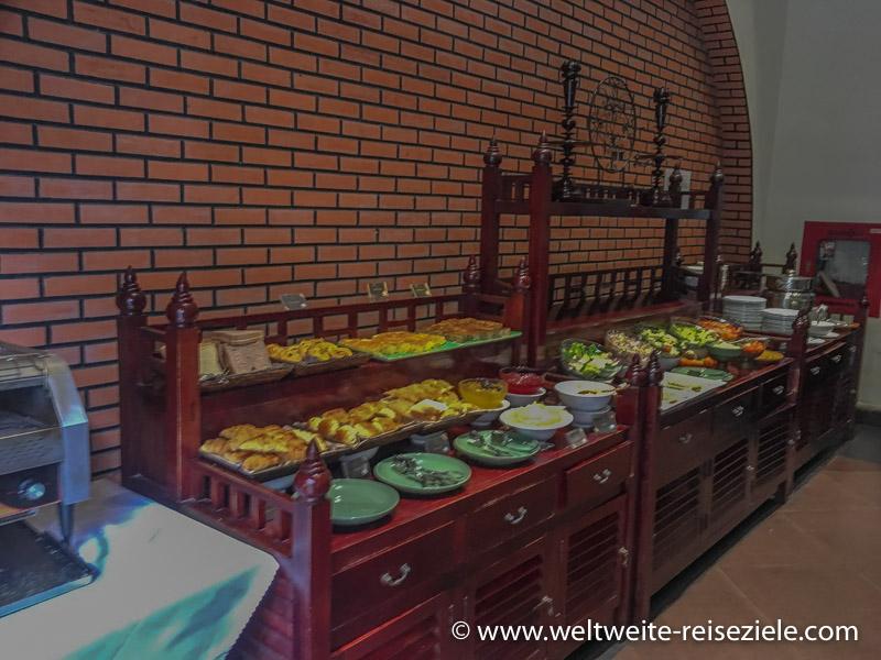 Frühstücksbuffet im Treasure Oasis Hotel, Siem Reap