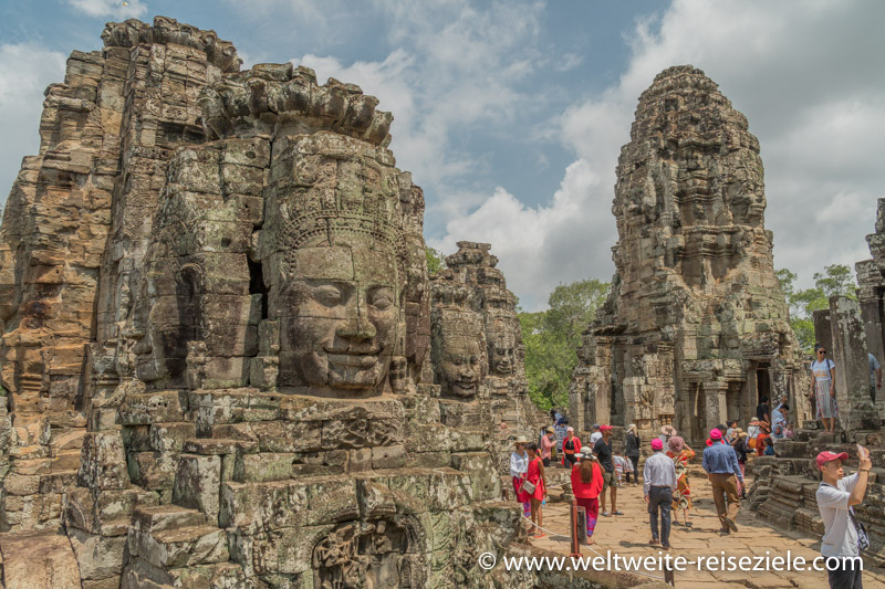 Türme des Angkor Thom Tempel mit den Gesichtern