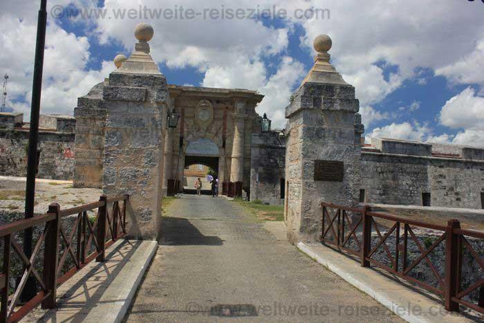 Eingang zur Festung San Carlos de la Cabaña