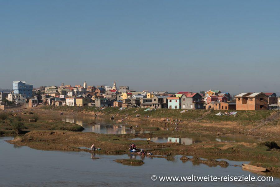 Landschaft, Reisfelder und Vororte Antananarivo