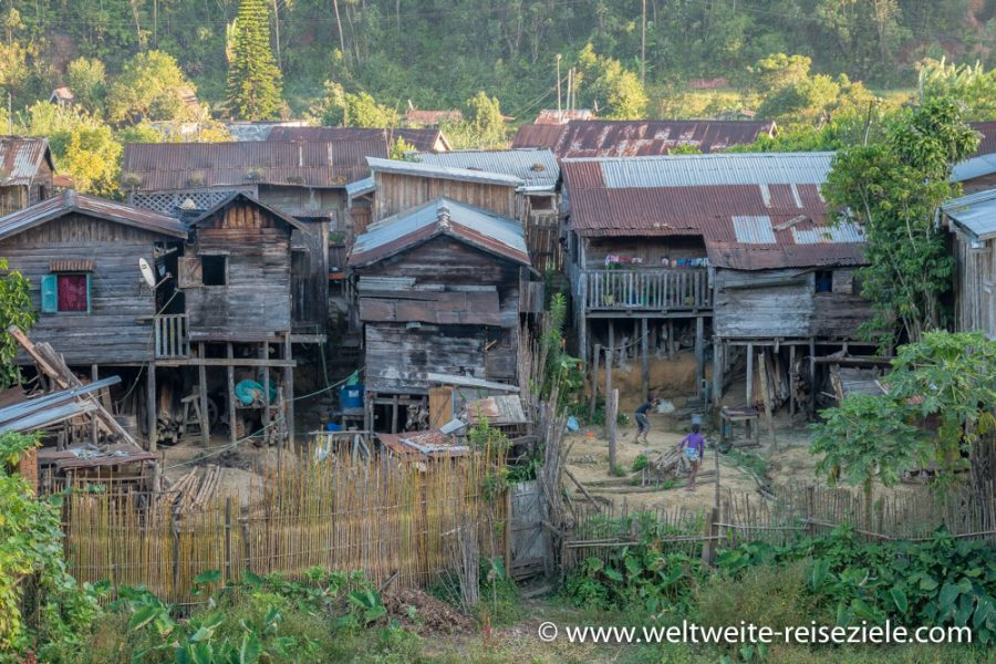 Der Ort Andasibe, Madagaskar Osten