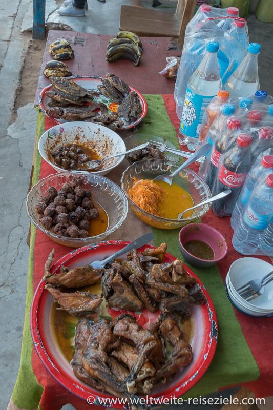Essensstand an der Strasse, Madagaskar Westen