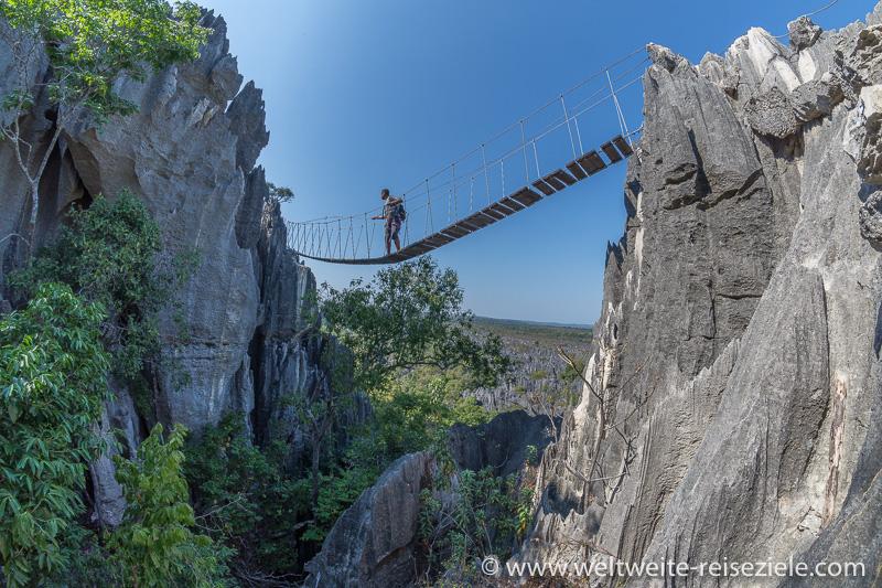 Hängebrücke, Wanderung Nationalpark Tsingy de Bemaraha