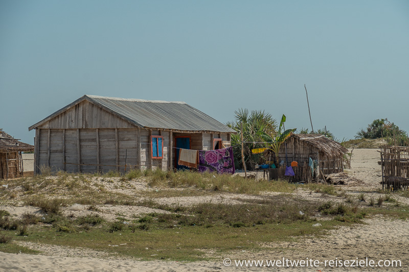 Häuser der Fischer auf der Insel Betania