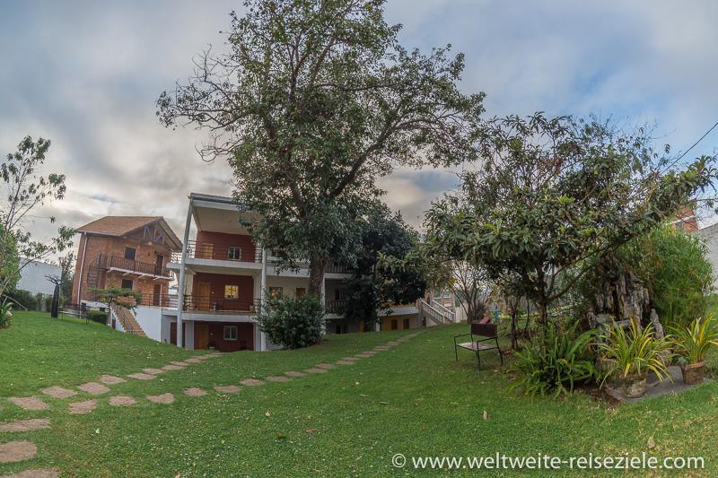 Hotel, H1 Antsirabe, Hotel und Garten