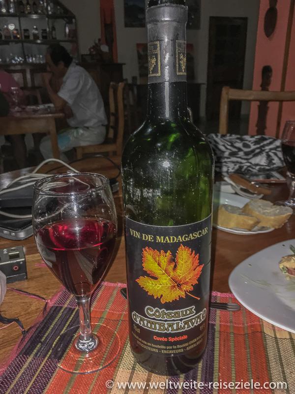 Flasche Rotwein aus Madagaskar Cuvee Spezial, Coteaux d´Ambalavao