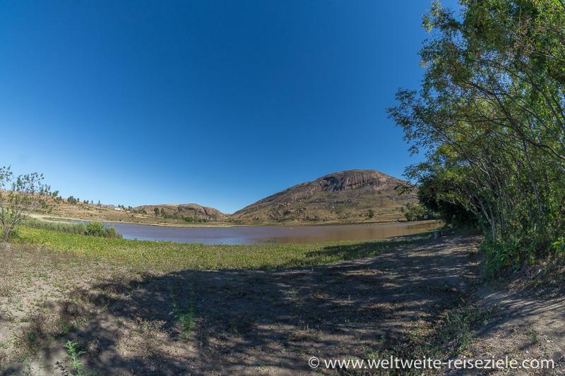 Kleiner See beim Reservat von Anja