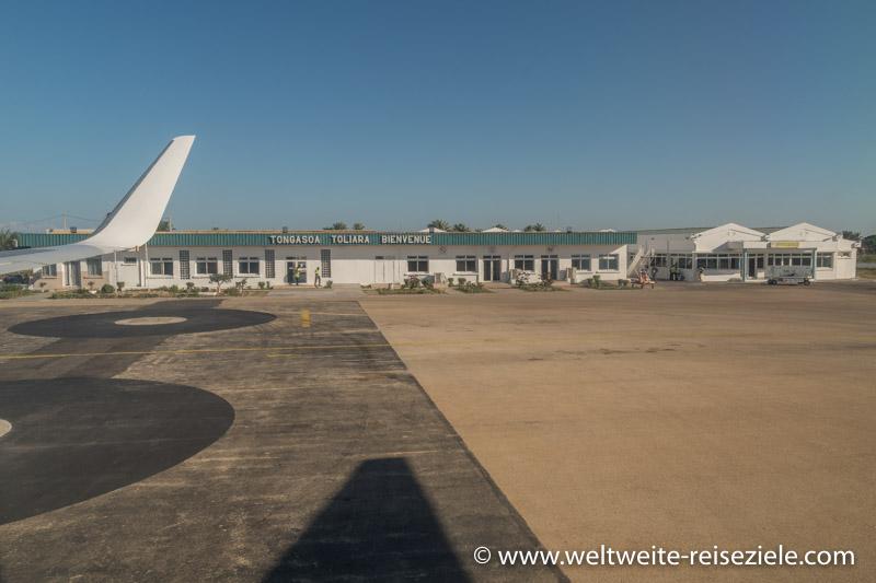 Flughafenterminal von Toliara (Tulear), vom Flugzeug aus fotografiert