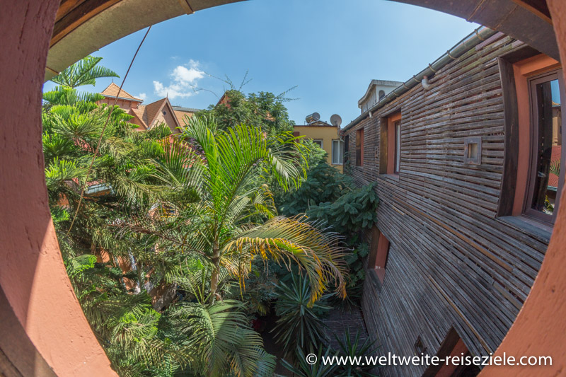 Innenhof vom Sakamanga Hôtel in Antananarivo