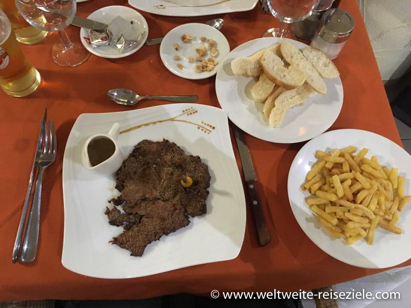Abendessen, Zebu Filet Hotel Royal Palace, Antsirabe