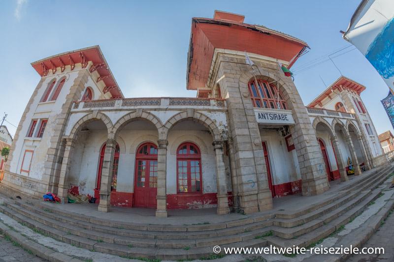 Koloniales Gebäude, Bahnhof von Antsirabe