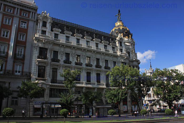 MadridGebaeudeAlcala