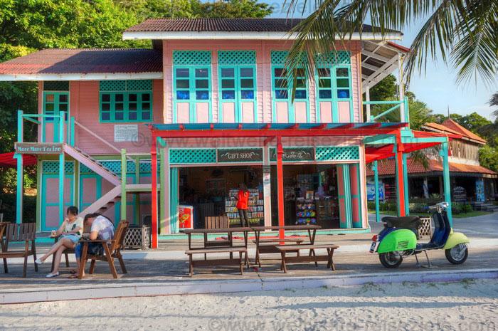 Schönes Haus am Strand von Pasir Panjang