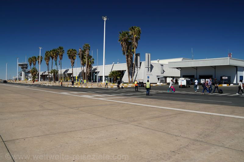 Anreise über den Flughafen von Windhoek