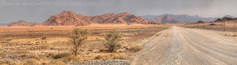 Unbefestigte Strasse von Sesriem nach A Little Sossus Lodge, Namibia