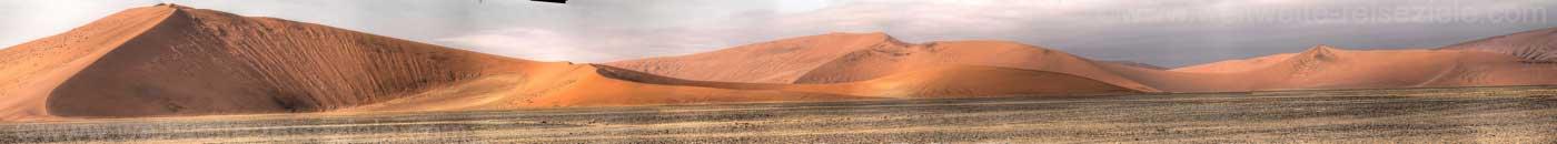 Panoramafoto Dünen auf dem Weg zum Dead Vlei, Namibia