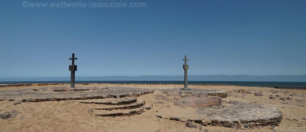 Die zwei Kreuze am Cape Cross, Namibia