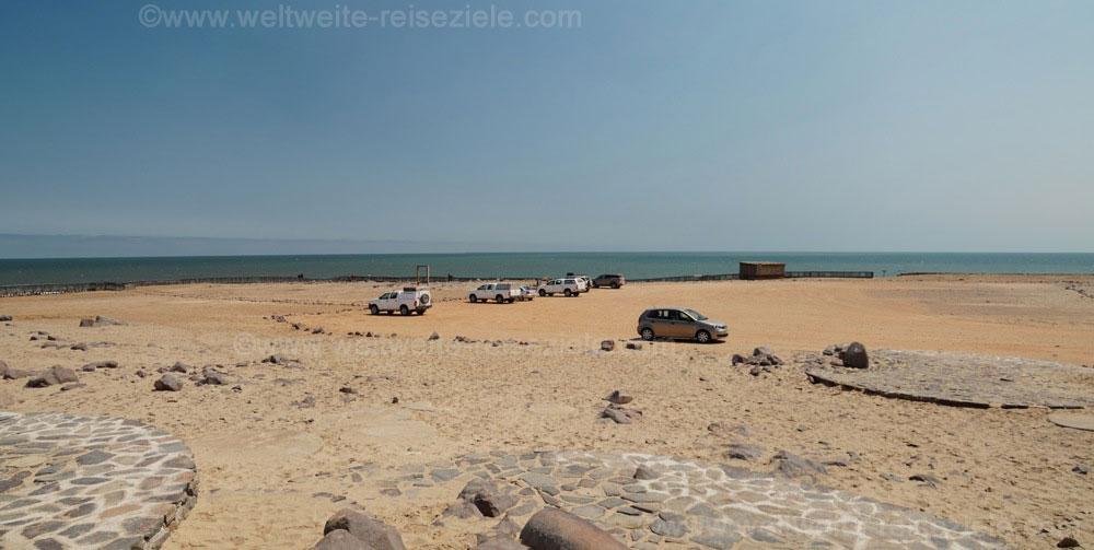 Parkplatz bei den Seelöwen am Cape Cross, Namibia