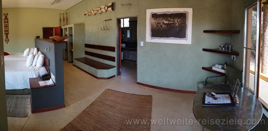Die Zimmer sind recht gross im Standart Chalet, Okonjima Lodge