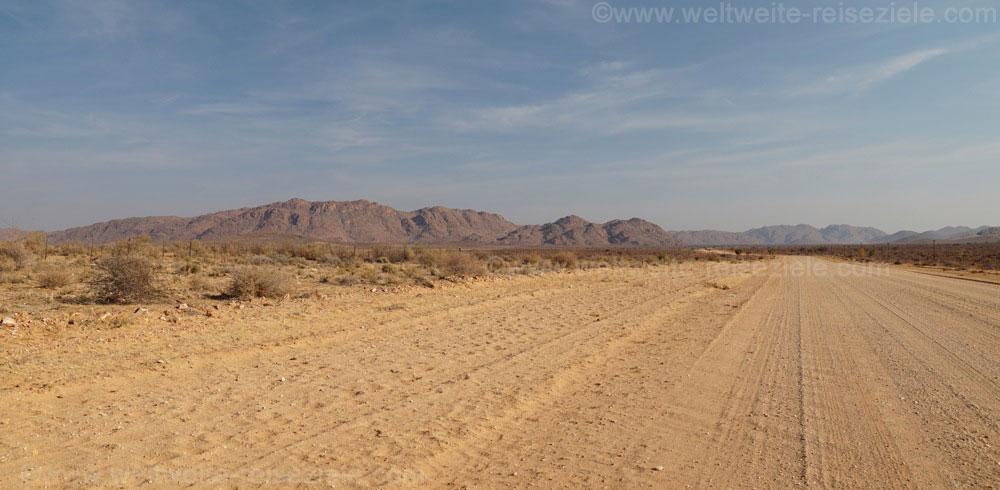 Landschaft Namibia, Fahrt von Windhoek nach Sossusvlei