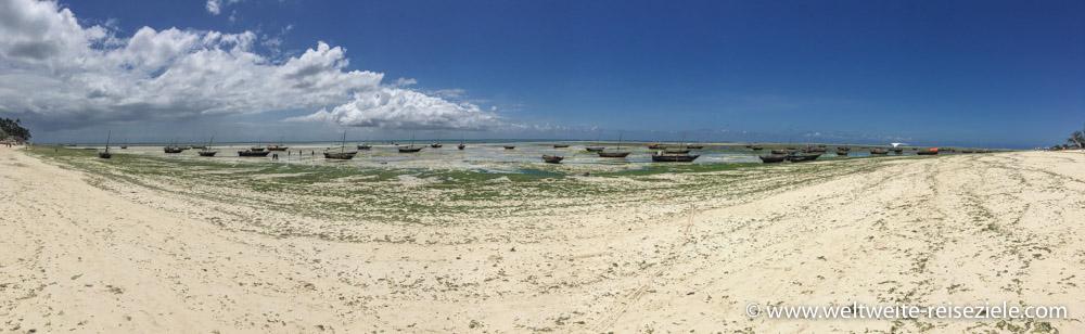 Strand von Nungwi bei Ebbe